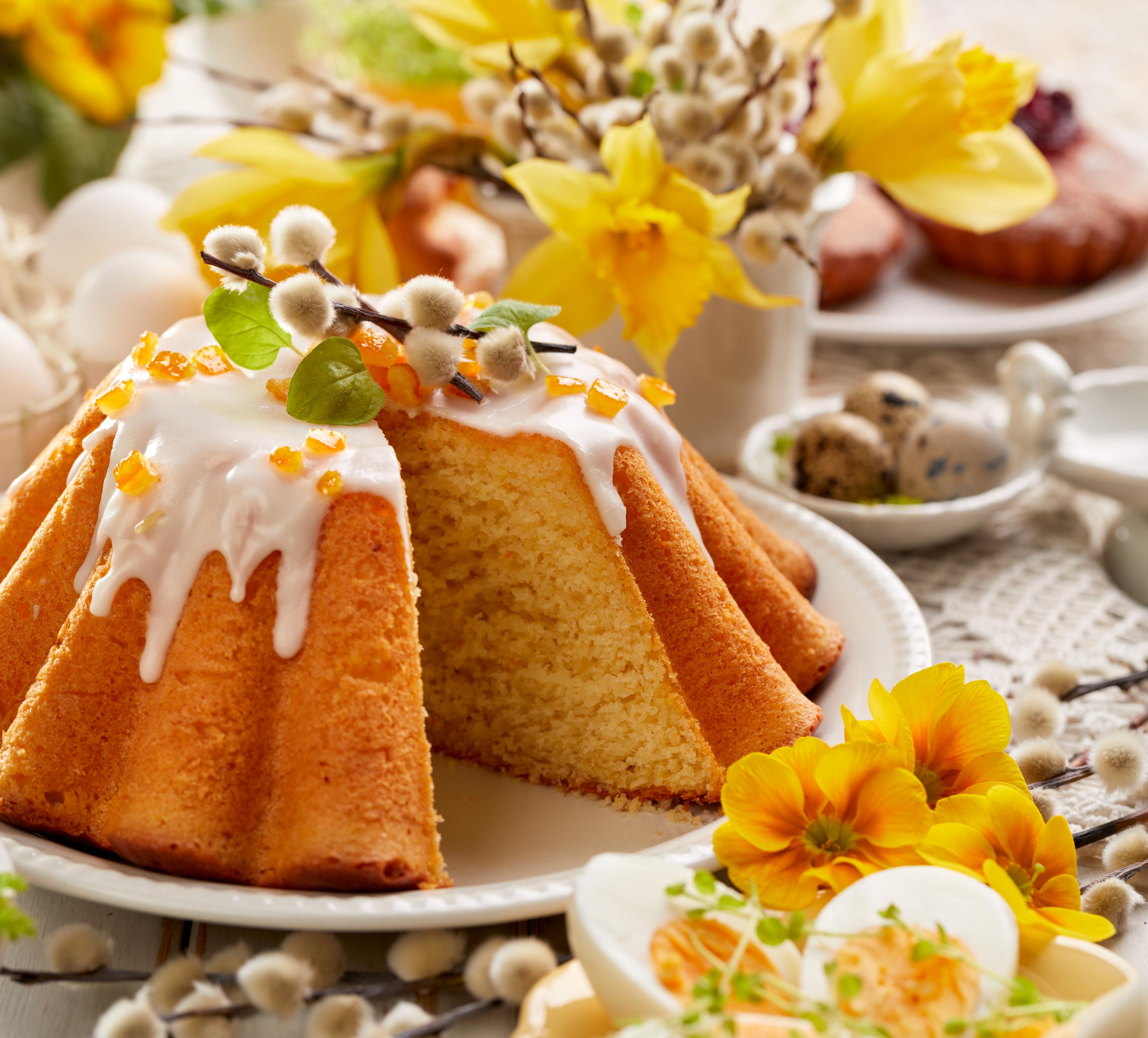 Wielkanoc z tradycjami – jak upiec babkę drożdżową, która zachwyci każdego?