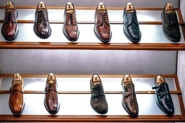 Jak dbać o skórzane obuwie? Pielęgnacja skórzanych butów